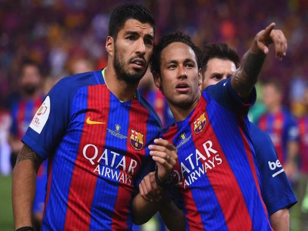 Tin bóng đá chiều 25/8: PSG sẵn sàng giải cứu Luis Suarez