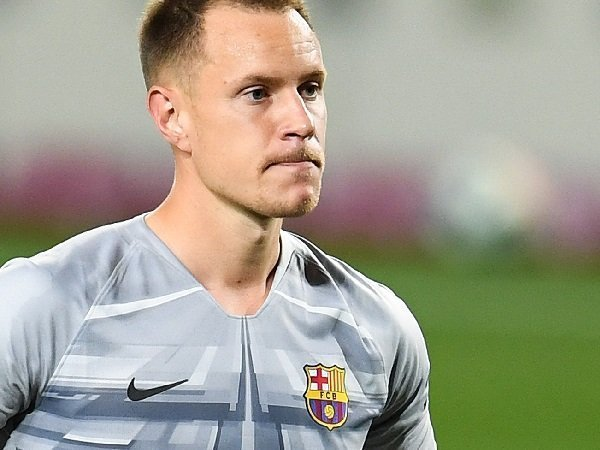Bóng đá quốc tế sáng 30/10: Barca nhận tin vui từ Ter Stegen